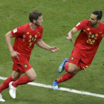 Bélgica remontó y eliminó a Japón